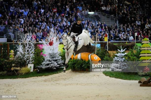 Sidney DUFRESNE of France riding Looping de Buissy during the Cross Indoor sponsored by Tribune de Genève Rolex Grand Slam Geneva 2017
