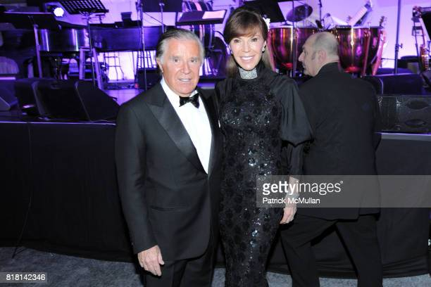 Sidney Kimmel and Caroline Kimmel attend National Museum of American Jewish History Grand Opening Gala at Market Street 5th on November 13 2010 in...