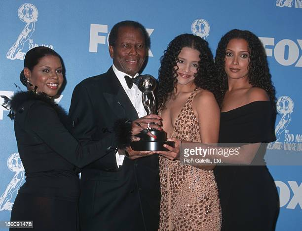 Sidney Poitier and daughters during The 32nd Annual NAACP Image Awards at Universal Amphitheatre in Universal City, California, United States.