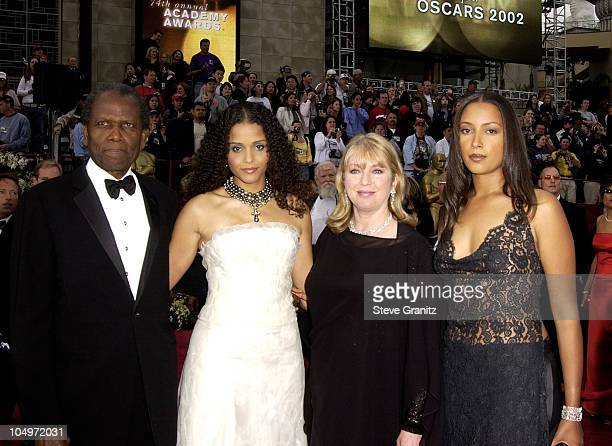 Sidney Poitier & family during The 74th Annual Academy Awards - Arrivals at Kodak Theater in Hollywood, California, United States.