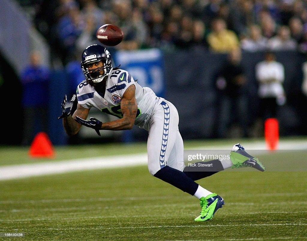 Sidney Rice #18 of the Seattle Seahawks makes a catch against the Buffalo Bills at Rogers Centre on December 16, 2012 in Toronto, Ontario, Canada.