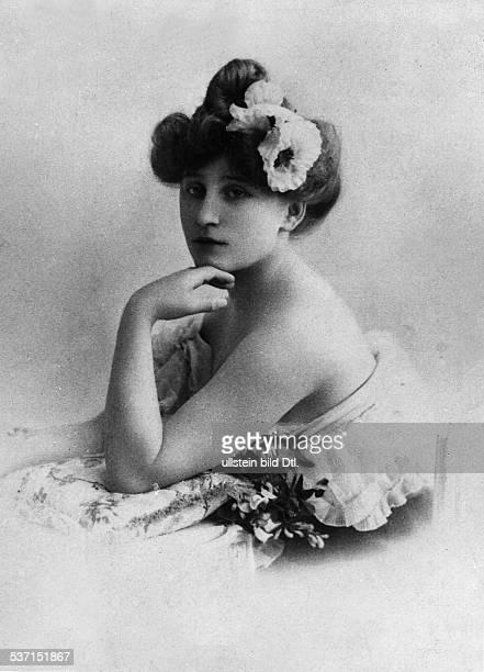 Sidonie Gabrielle Colette Schriftstellerin Frankreich undatiert