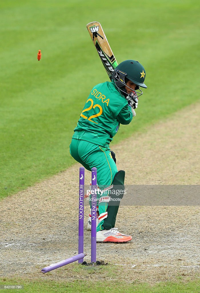 Sidra Nawaz of Pakistan is bowled out by Katherine Brunt of England during the second Women's Royal London ODI match between England and Pakistan at New Road on June 22, 2016 in Worcester, England.