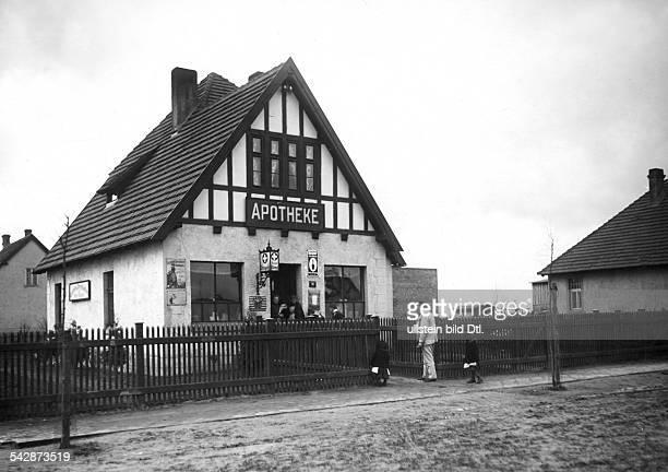 Siedlung Neu Zabikowo in der ProvinzPosen die Apotheke 1910Fotro Hünich ConradBild ist Teil einer Serie
