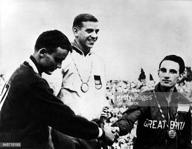 Siegerehrung 100m Männer, v.l.n.r.:David Sime Armin Hary Peter Radford - 1960