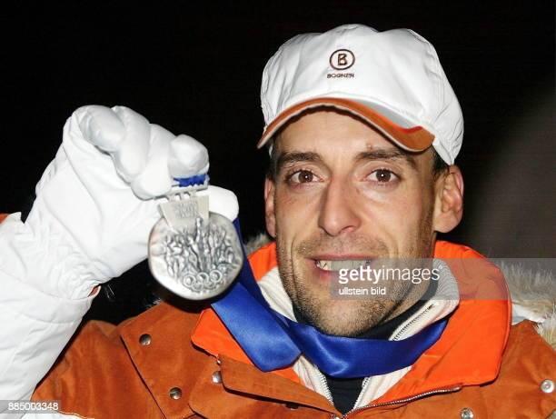 Frank Luck gewinnt im 20 Km Biathlon der Männer eine Silbermedaille