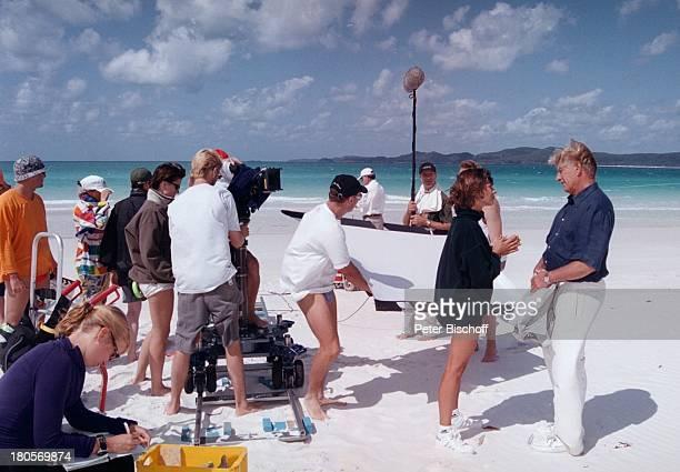 Siegfried Rauch Katja Woywood Dreharbeiten zur ZDFReihe Traumschiff Folge 37 Sydney OlympiaSpecial Australien Hamilton Island/Australien Strand Meer...