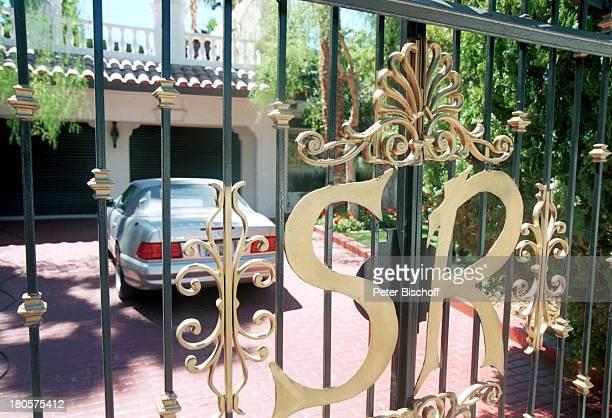 Siegfried Roy Homestory Dschungel Palast Las Vegas/Nevada/USA Garagen Einfahrt Mercedes Tor Namensaufdruck