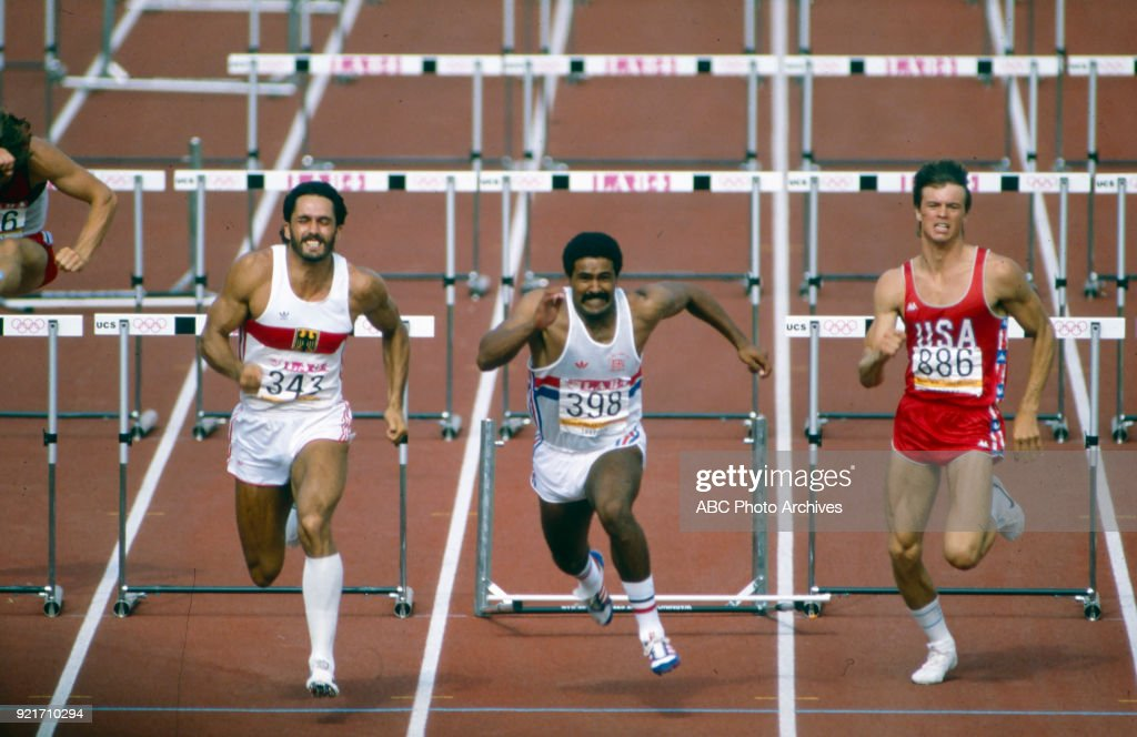Men's Decathlon 110 Metres Hurdles Competition At The 1984 Summer Olympics : Foto di attualità