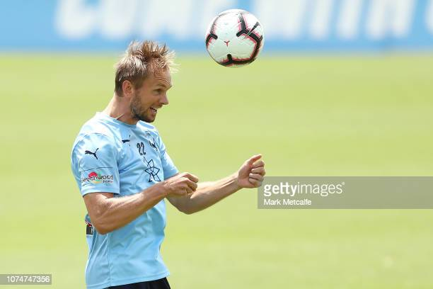 Siem De Jong in action during a Sydney FC A-League training session at Macquarie University Sports Fields on November 30, 2018 in Sydney, Australia.