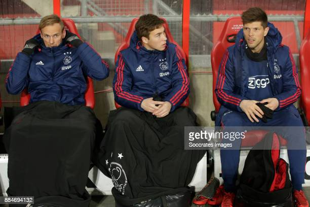 Siem de Jong of Ajax Carel Eiting of Ajax Klaas Jan Huntelaar of Ajax on bench during the Dutch Eredivisie match between Fc Twente v Ajax at the De...