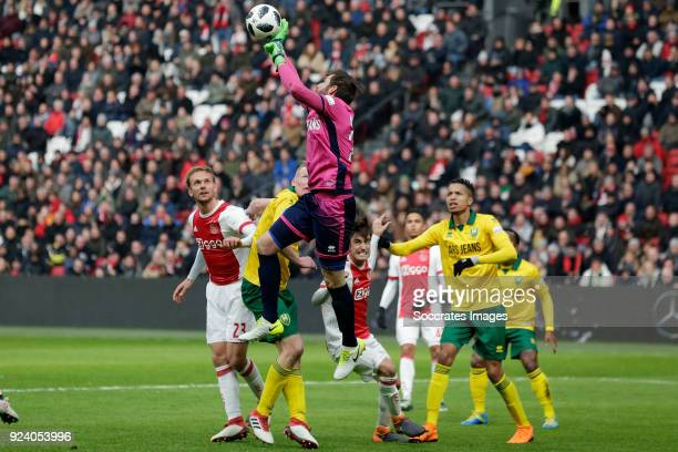 Siem de Jong of Ajax Tom Beugelsdijk of ADO Den Haag Robert Zwinkels of ADO Den Haag Nicolas Tagliafico of Ajax Tyronne Ebuehi of ADO Den Haag during...