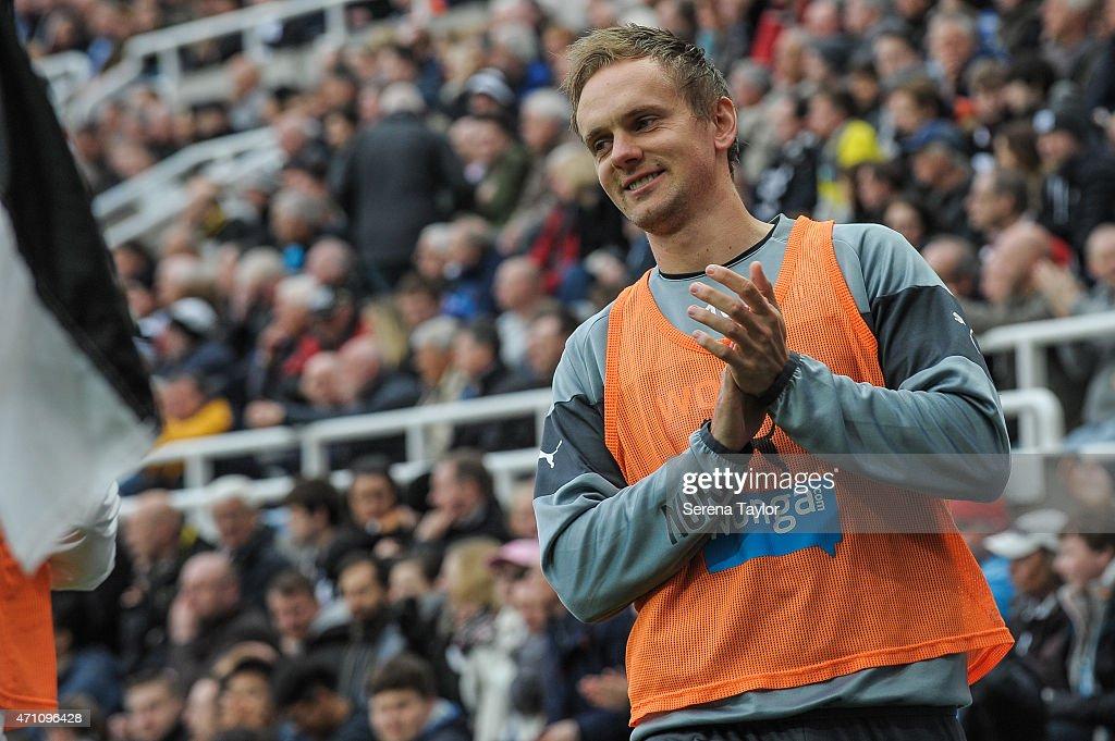 Newcastle United  v  Swansea City - Barclays Premier League : News Photo