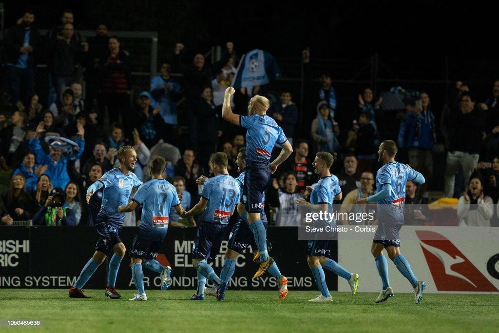 FFA Cup Semi Final - Western Sydney Wanderers v Sydney FC : ニュース写真