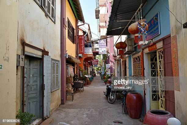 siem reap street cambodia - phnom penh stock pictures, royalty-free photos & images