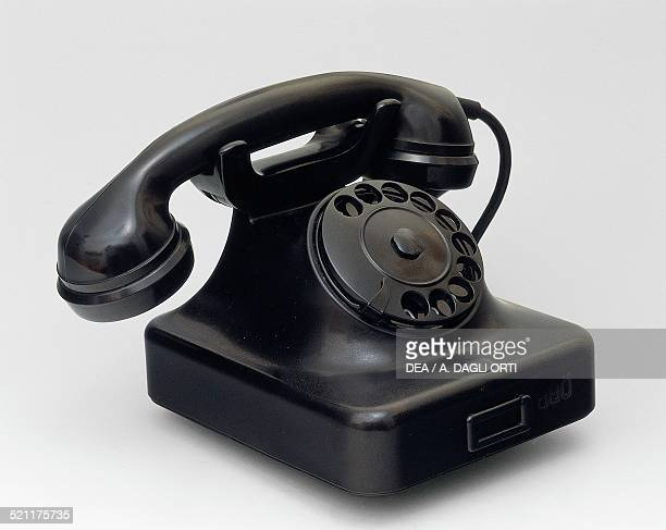 Siemens model 36 desk phone in bakelite 1936 Germany 20th century Germany
