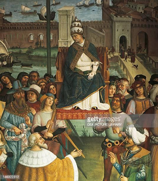 Siena Duomo Libreria Piccolomini Pius II detail from Pope Pius II Piccolomini arrives in Ancona to begin the Crusade 15021507 by Bernardino di Betto...
