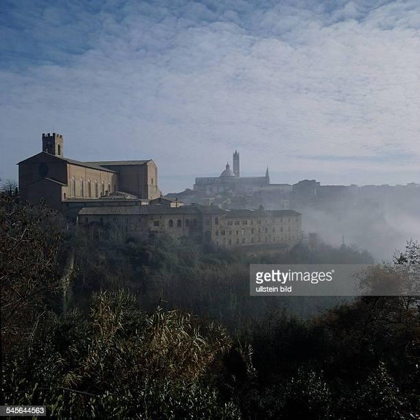 Siena im MorgennebelBlick auf den Dom 1995
