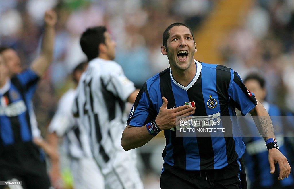 Inter Milan's defender Marco Materazzi j... : Foto di attualità