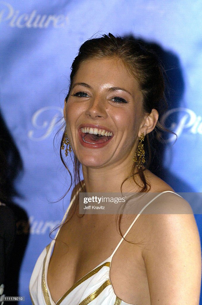 ShoWest 2004 Paramount Pictures - Press Room : News Photo