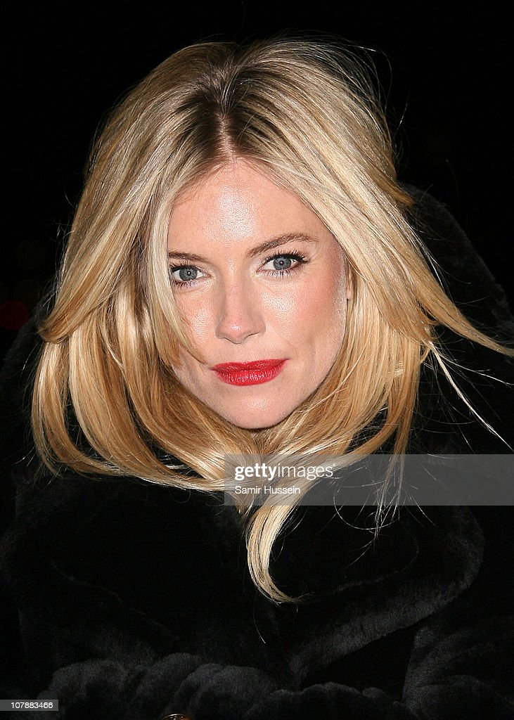 Sienna Miller Turns The London Eye On World Aids Day To Support An