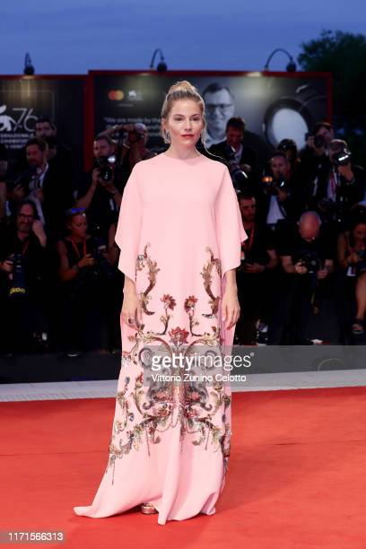 Sienna Miller walks the Kineo Prize red carpet during the 76th Venice Film Festival at Sala Grande on September 01 2019 in Venice Italy