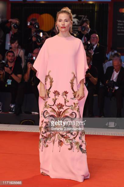 Sienna Miller walks the Kineo Prize red carpet during the 76th Venice Film Festival at Sala Grande on September 01, 2019 in Venice, Italy.