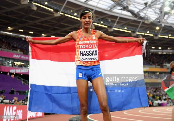 Sifan Hassan of the Netherlands celebrates after winning bronze in the Women's 5000 metres final during day ten of the 16th IAAF World Athletics...