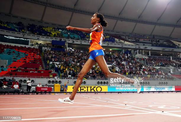 Sifan Hassan of the Netherlands crosses the finish line to win gold in the Women's 10,000 Metres final during day two of 17th IAAF World Athletics...
