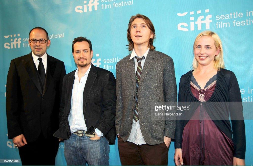 "2010 Seattle International Film Festival - ""The Extra Man"" Premiere : Foto di attualità"