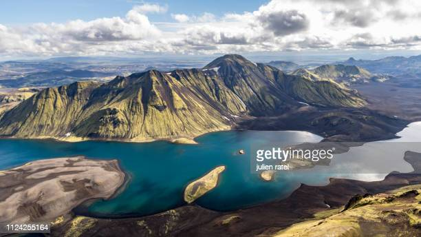 sightseeing over iceland - アイスランド ストックフォトと画像
