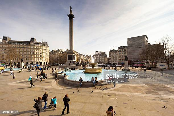 sightseers at trafalgar square - trafalgar square stock pictures, royalty-free photos & images