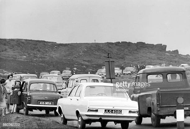 Sightseers on the Moors as Police search continues Saddleworth Moor 20th October 1965 The Moors murders were carried out by Ian Brady and Myra...