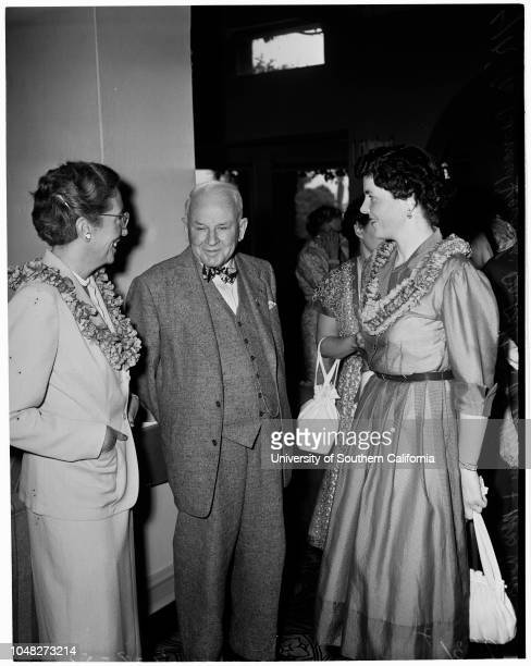 Sigma Kappa Convention 8 July 1952 Mrs Bernard DonnellyDr Robert A MillikanMrs Edward DouglasMrs William SeamanHelen MohlenkampPatti MooreMargaret...