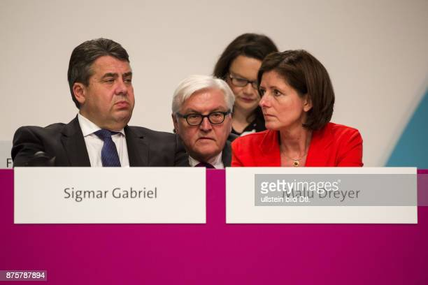 Sigmar Gabriel has been reelected as Chairman of the SPD on the federal party in Berlin on December 11 2015 From left Party chairman Sigmar Gabriel...