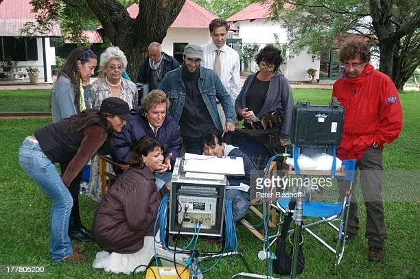 Sigmar Solbach Ehefrau Claudia Gerit Kling Nicky von Tempelhoff Zulma Herrera Diego Walraff TeamMitglieder Dreharbeiten zum ARDFilm Am Kap der Liebe...
