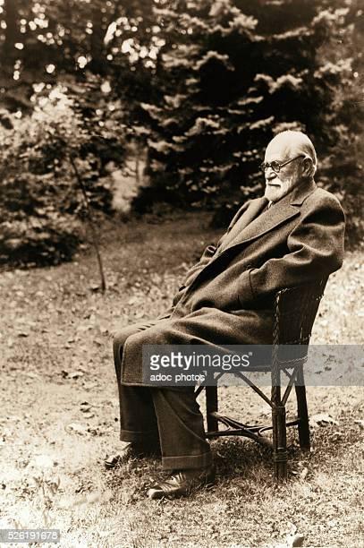 Sigmund Freud Austrian neurologist and psychiatrist who founded the psychoanalytic school of psychology Ca 1930