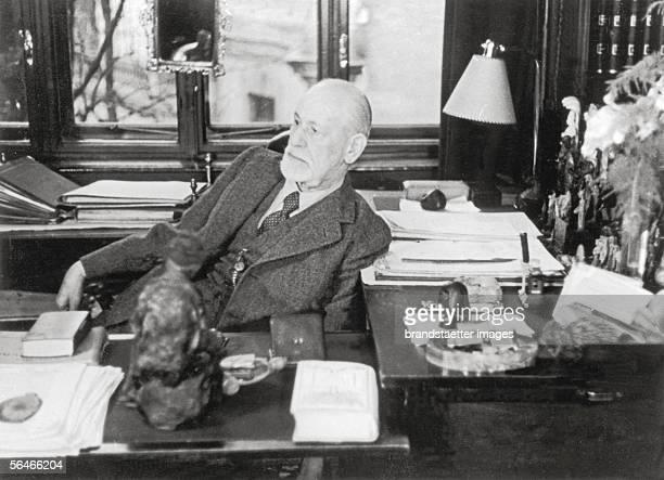 Sigmund Freud in his study Photography Vienna Austria 1930 [Sigmund Freud in seinem Arbeitszimmer Photographie Wien 1930]