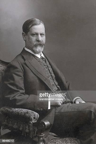 Sigmund Freud Photography Around 1906 [Sigmund Freud Photographie Um 1906]