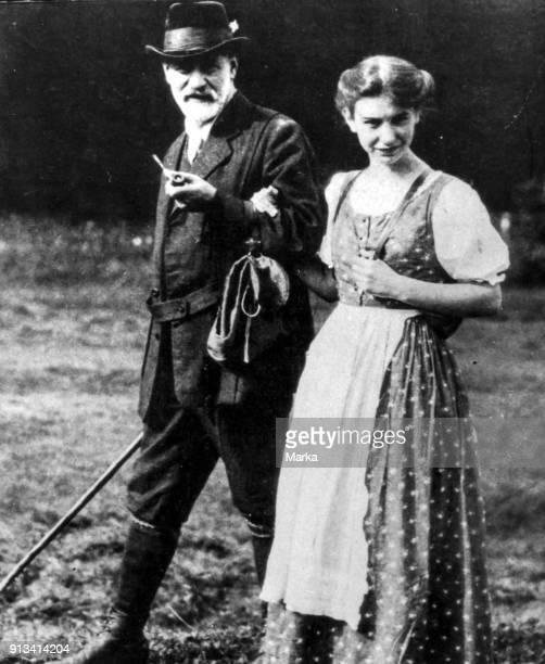 Sigmund Freud with Daughter Anna 1913