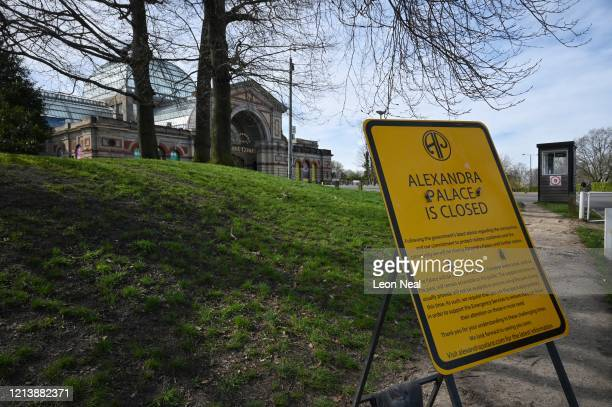 Sign alerts people to the current closure of the Alexandra Palace concert and event venue, as the Government warns the country to maintain social...