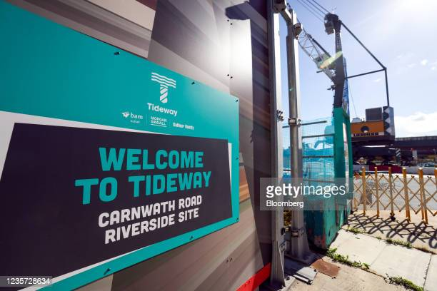 Sign at the entrance to the Thames Tideway Tunnel super sewer construction project in London, U.K., on Wednesday, Oct. 6, 2021. The 25-kilometer...