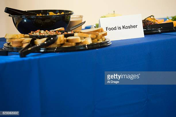 STATES APRIL 3 A sign designates that the food is kosher at a fundraiser for Sen Mark Kirk RIll sponsored by the To Protect Our Heritage Politcal...