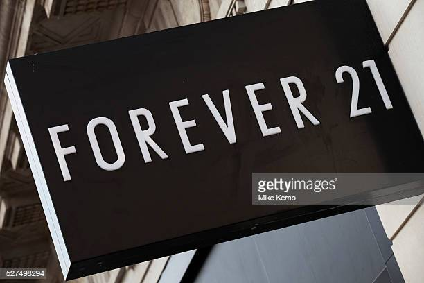 Sign for clothes shop Forever 21.