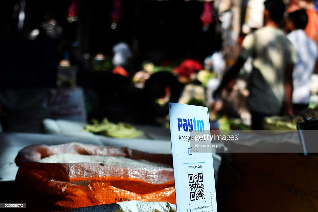 Continued Reaction To India's Demonitization Policy : News Photo