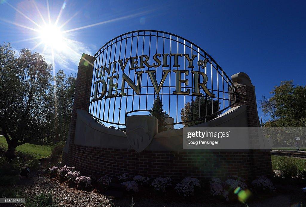 Denver Prepares For First Presidential Debate : News Photo