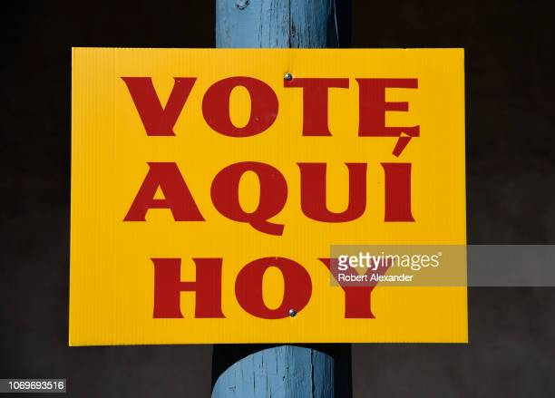A sign identifies a voting station for Spanishlanguage voters in Santa Fe New Mexico