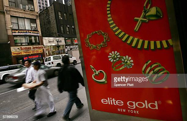 A sign in the jewelry district advertises gold April 21 2006 in New York City The price of gold rose to $63260 a troy ounce Wednesday the highest...