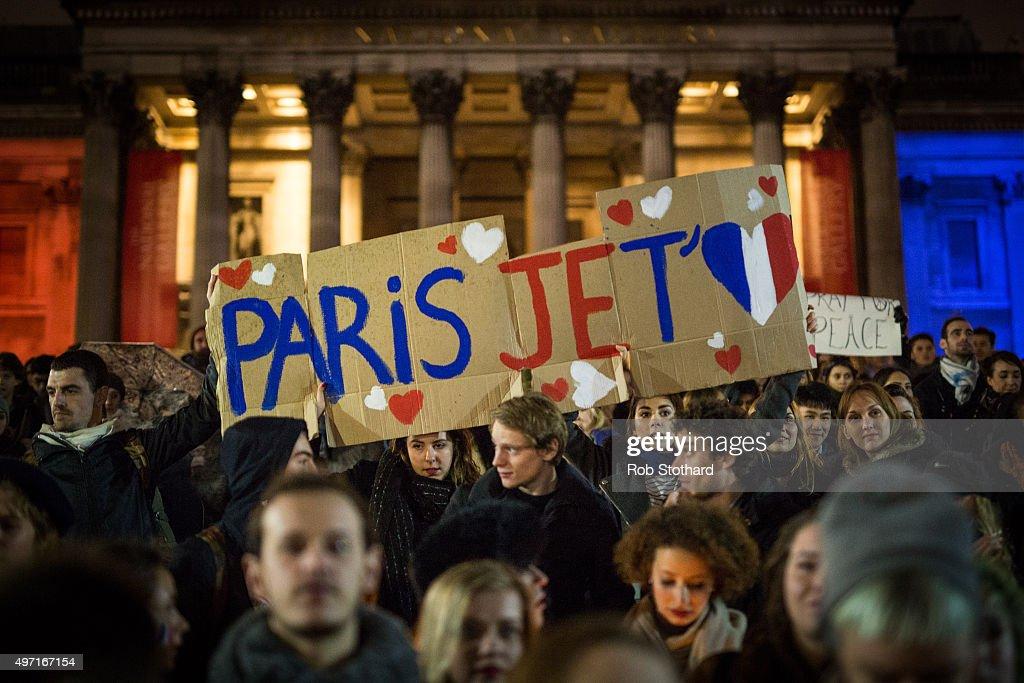 London Reacts To Paris Terror Attacks : News Photo