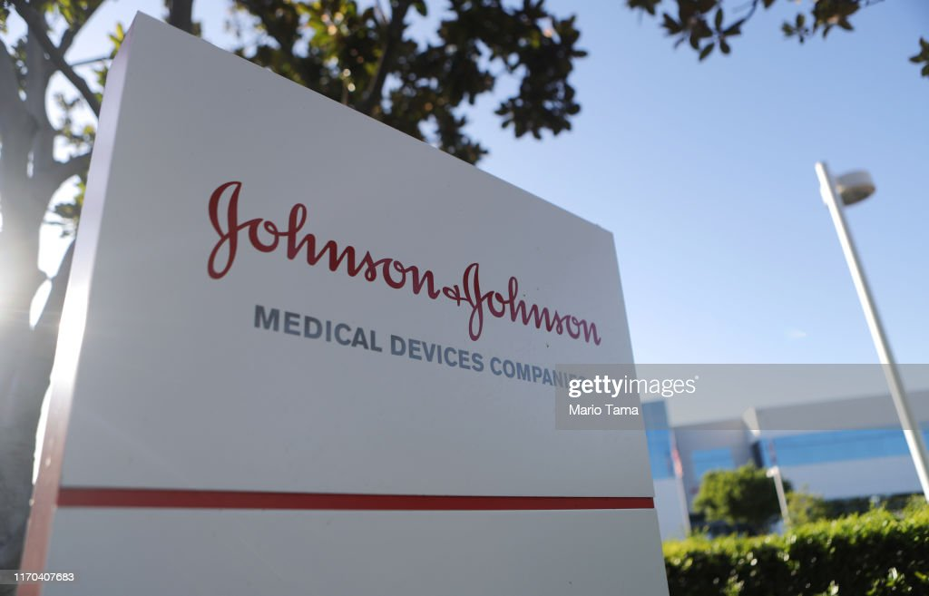 Johnson And Johnson Ordered To Pay 572 Million For Role In Oklahoma Opioid Crisis : News Photo